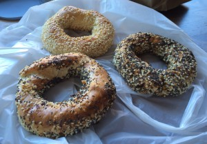 best bagel montreal, poppyseed, seaseme, St-Viateur Bagel