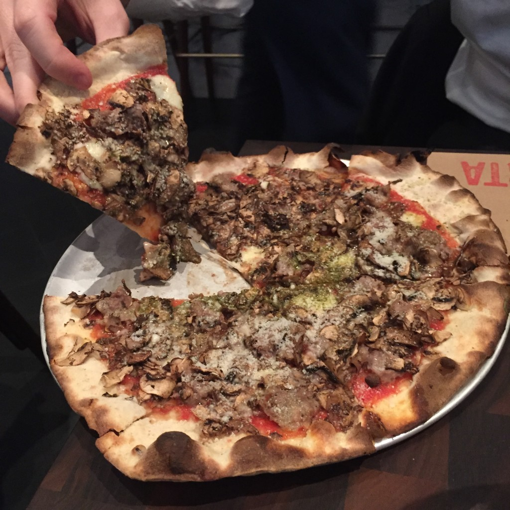 pizza, marta, danny meyer, nyc