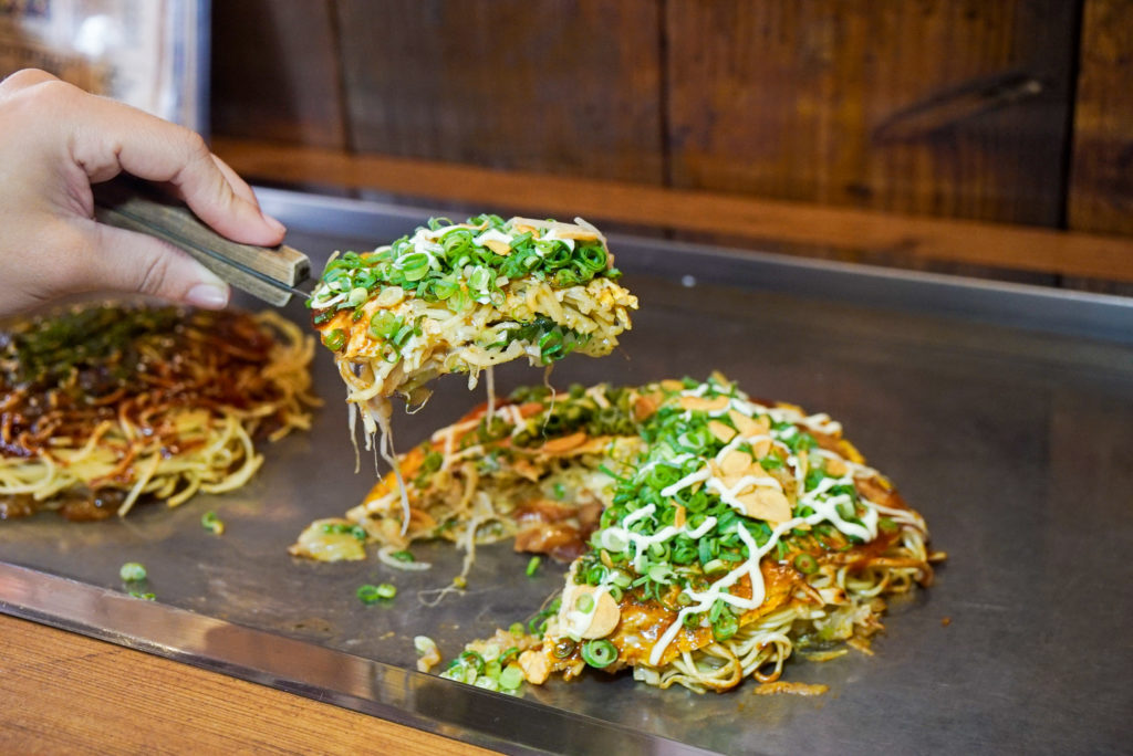 yakisoba okonomiyaki
